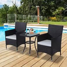 set mobili giardino outsunny set mobili da giardino in pe rattan tavolino con