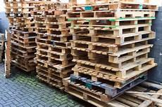 paletten kaufen baumarkt europaletten im baumarkt kaufen industrie werkzeuge