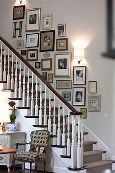 treppenhaus bilder aufhängen photo collage deko einrichtungsideen sch 246 ner wohnen