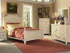 Country Decorating Ideas For Bedroom by Country Cottage Style Bedrooms