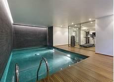 Pool Im Keller - 7 bedroom detached house for sale in westover hill