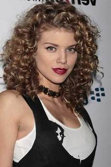 50 amazing permed hairstyles for who love curls