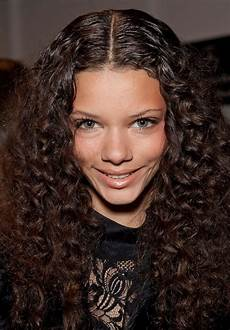 daily hairstyles gorgeous curly hairstyle from