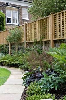 sichtschutz mauer garten new directions in garden privacy screens the middle