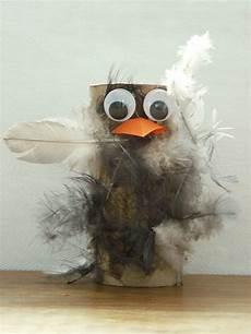 Klopapierrollen Vogel Mit Echten Federn Opgerold Papier