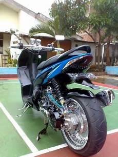 Modifikasi Vario Karbu by Of Autorizm Modifikasi Honda Vario Biru Chrome