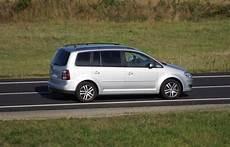 Volkswagen Touran 1 9 Tdi 105 Ch L Essai Et Les 135 Avis