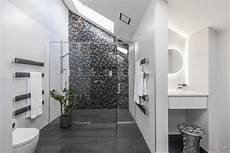 Mosaic Bathrooms Ideas Mosaic Feature Walls Add Sparkle To Modern Bathroom Design