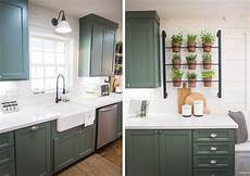 fixer upper chip and joanna gaines pinterest joanna gaines chip and joanna gaines and