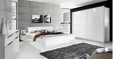 schlafzimmer weiss schlafzimmer komplett wei 223 hochglanz quot story quot