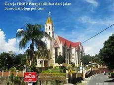 Hkbp Parapat Gereja Megah Di Danau Toba