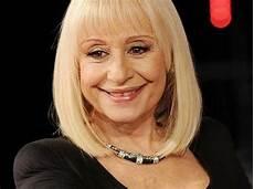carré blond raffaella carr 224 age 70 aging i admire