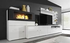 wohnzimmer kamin ethanol moderne wohnwand mit elektrischem kamin mit 5 flammstufen