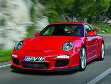 2010 Red Porsche 911 GT3 Wallpapers