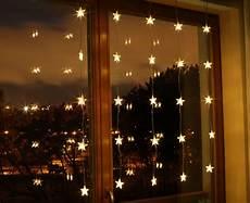 weihnachtsbeleuchtung innen weihnachtsbeleuchtung led f 252 r innen lichtervorhang wei 223 e