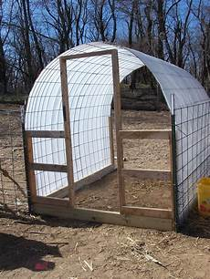 hoop house greenhouse plans diy small hoop house from cattle panel cattle panels