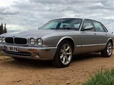 jaguar xj8 3 2l v8 x308 berline gris clair occasion 8