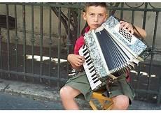 malvorlagen dm jakarta foto kindstra 223 enmusiker in istanbul kostenlose fotos zum
