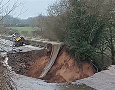 canal completely drained after 100ft wide sinkhole