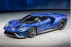 nouvelle ford gt ford gt40 takes design risks with an icon