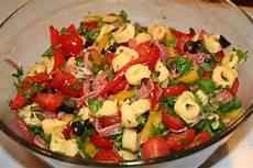 Tortellini Salat Rezept - cook with susan antipasto tortellini salad