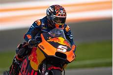 zarco moto gp zarco left disappointed espargaro tried many things motogp