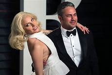 How Gaga S Engagement Ring From Christian Carino