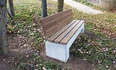 Parkbank Aus Beton Mit R 252 Ckenlehne Aus Kebony Holz Co33