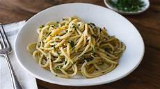 Spaghetti Aglio E Olio - spaghetti aglio e olio spaghetti with garlic and