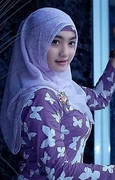 Jilbab Cantik Sekali Di 2020 Gaya Wanita Pakaian Wanita