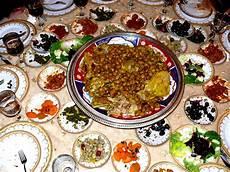 Küchen In Essen - file fes abendessen jpg wikimedia commons