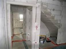 abstellraum unter treppe architektenhaus architektenh 228 user massiv bauunternehmer