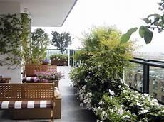 terrazzo fiorito giardini le alpi biella