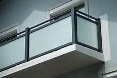 balkongeländer glas onlineshop alu glas stiegen balkongel 228 nder