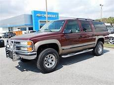 books about how cars work 1998 gmc suburban 2500 free book repair manuals 1998 chevy suburban lt 2500 4x4 7 4l 454 work horse nice truck for it s age trucks2cars com