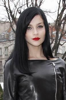lange schwarze haare frisuren schwarze haare
