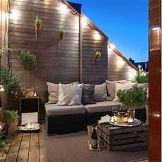 terrasse gestalten modern balkongestaltung modern gestalten in 2019 balkon balkon gestalten und balkon beleuchtung