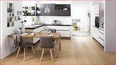 table ilot de cuisine cuisine am 233 nag 233 e avec table int 233 gr 233 e cuisine ouverte ilot