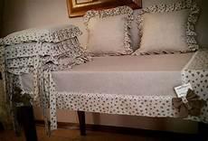 cucire cuscini per sedie coordinato tovaglia piu cuscini per sedie e 2 per divano
