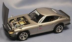 Datsun 240 Z 1/24  Plastic Fanatic Pinterest