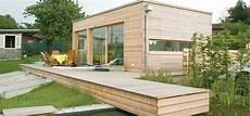 Bungalow Aus Holz Haus Gartenhaus Und Mikrohaus Design