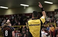 Strafe Rote El - handball