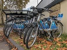 ford bike köln ford pass bike fahrr 228 der stehen zum mieten in einer