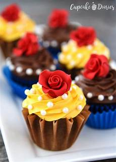 Decorating Ideas Cupcakes by 40 Cool Cupcake Decorating Ideas