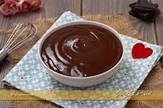 crema al cioccolato senza latte e uova crema al cioccolato senza uova ricetta veloce ho voglia di dolce