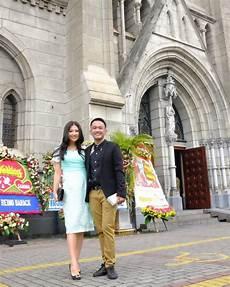 Foto Sarwendah Dan Ruben Onsu Di Pernikahan Dewi