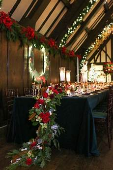 christmas theme wedding with festive green d 233 cor in