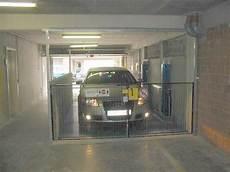 monte voiture garage autolift goederenlift personenlift en parkeersysteem