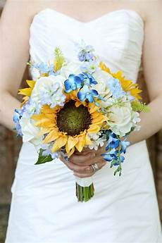 yellow and blue bridal bouquet ideas for 2017 you can t