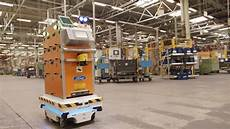 Selbstfahrender Roboter Unterst 252 Tzt Ford Mitarbeiter Bei